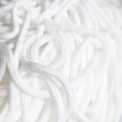Шнур одежный  с наполнителем 6 мм Белый